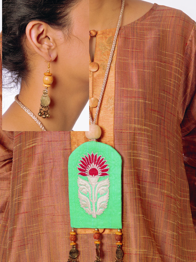 Picture of Manjore Handmade Fabric Jewelry Set