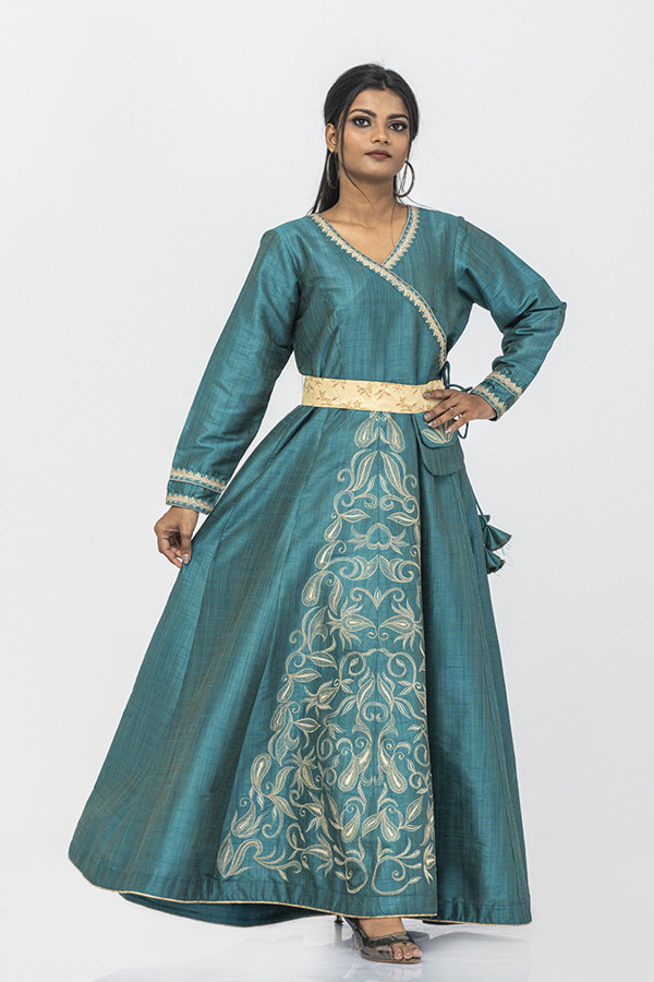Picture of Mfab9 Silk Gown